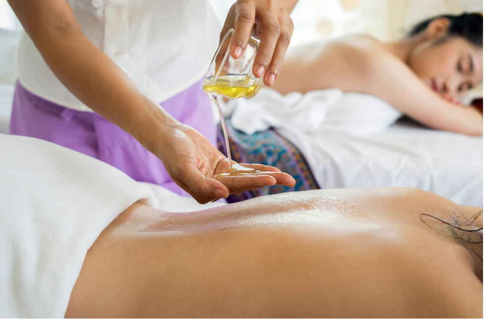 5 reasons why massage therapy improves mental health